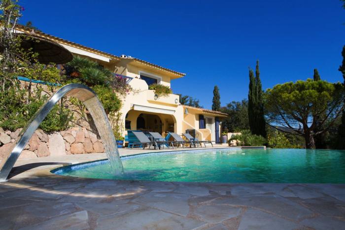 Villa / Maison Vue mer et les îles à louer à Porto Vecchio