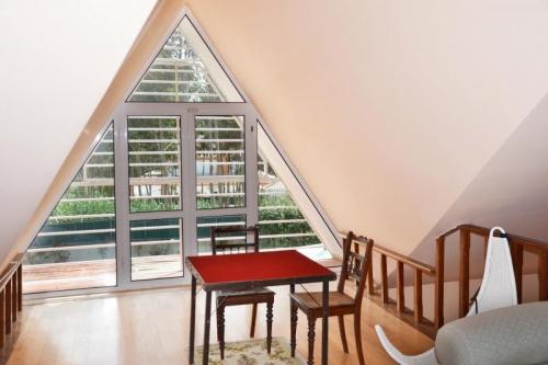 Rental villa / house maraisia