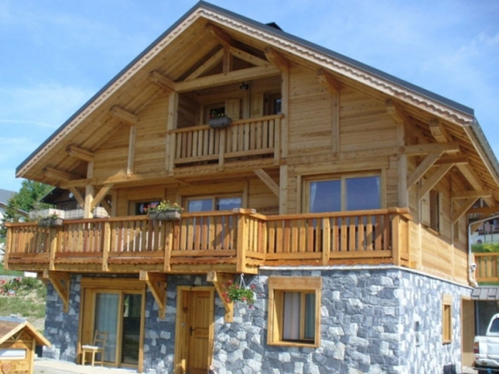 Chalet Husky to rent in La Toussuire.
