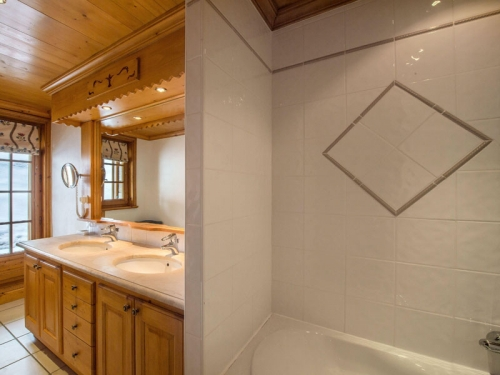 Chalet rubis to rent in courchevel 1850