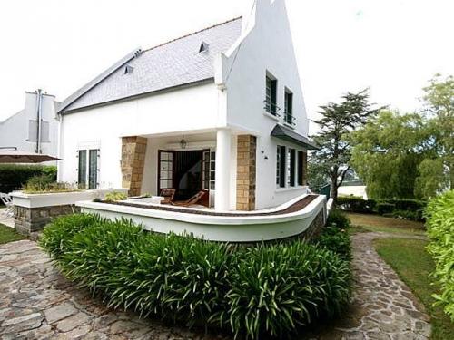 Reserve villa / house coat izella