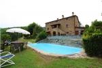 Villa / house Casaio to rent in Cortona