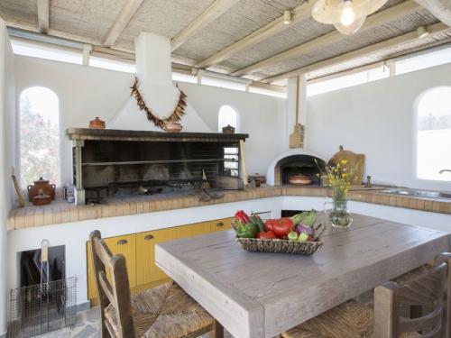Villa / house elena to rent in loutraki