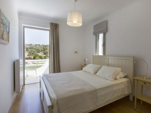 Rent villa / house  greece