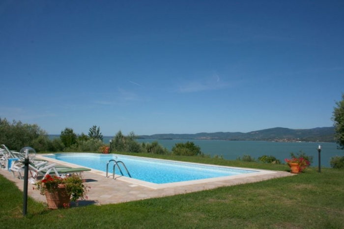 Villa / house El lago to rent in San Feliciano