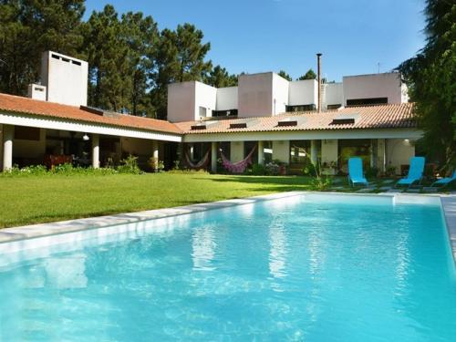 Villa / house la maison cinéma to rent in Aroeira