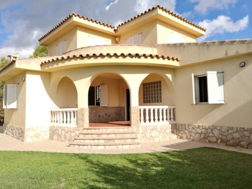 Villa / Maison Estrella à louer à Ametlla de Mar