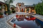 Villa / maison ambassadeur à louer à stoupa