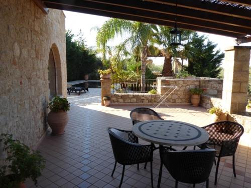 Reserve villa / house ambassadeur