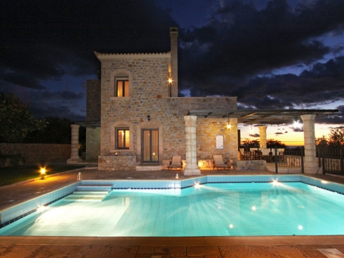 Villa / house Sparta to rent in Stoupa