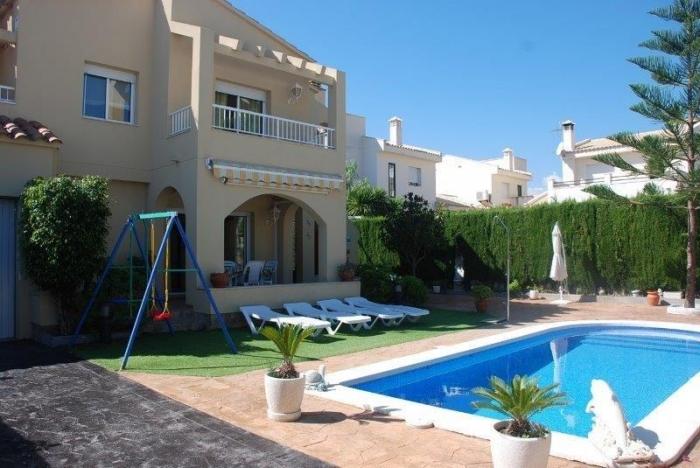 Villa / house Parma to rent in Ametlla de Mar