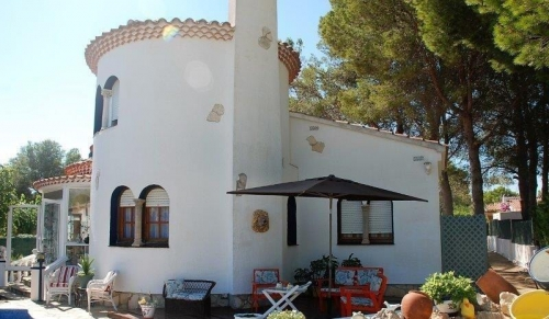 Villa / house RAVEL to rent in Ametlla de Mar