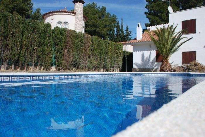 Villa / house James to rent in Ametlla de Mar