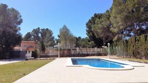 Reserve villa / house james
