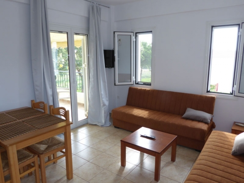 Reserve villa / house navarino plage