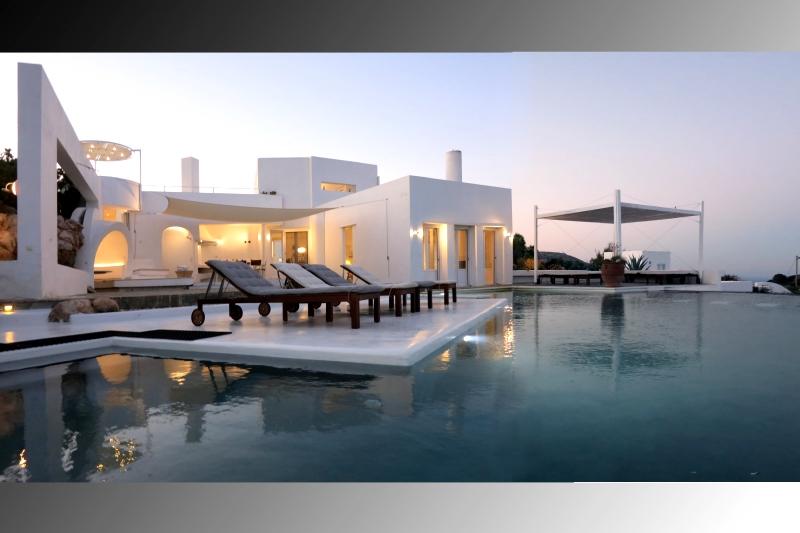 Réserver villa / maison panoramique paros