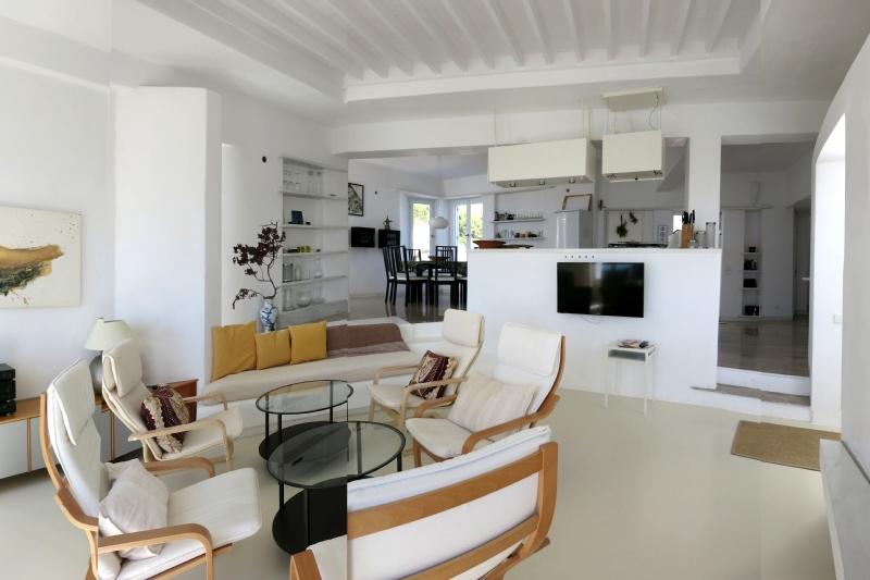 Reserve villa / house panoramique paros
