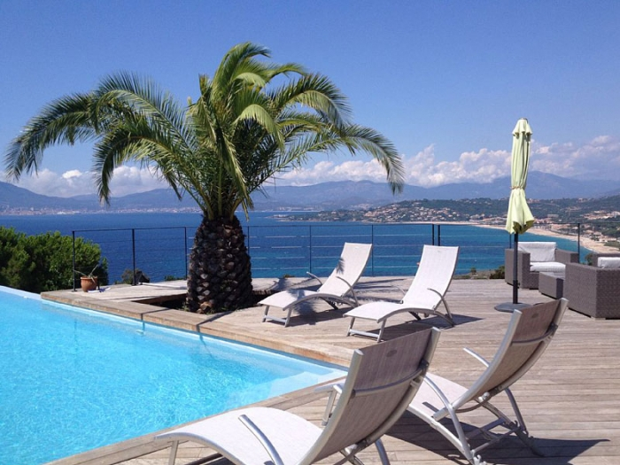 Villa / house Vue golfe d'ajaccio to rent in Ajaccio