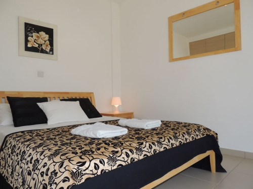 Holiday in house : pafos