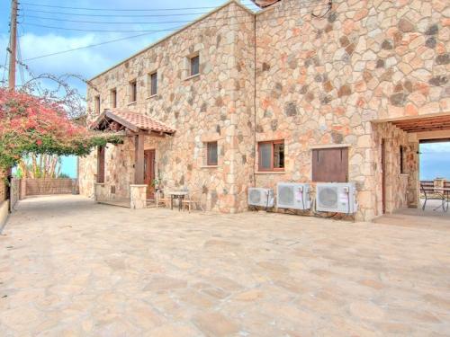 Rental villa / house cedrus