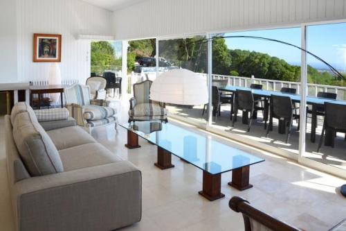 Rental villa / house acasias
