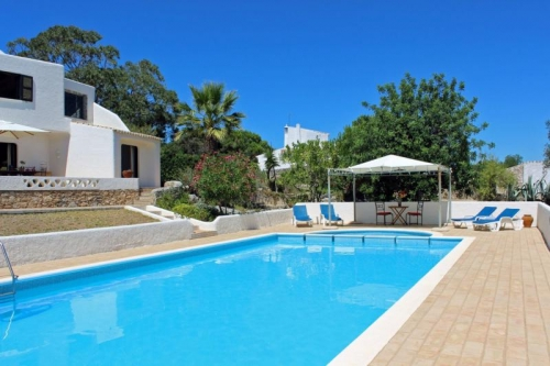 Villa / house RUBIS to rent in  Carvoeiro