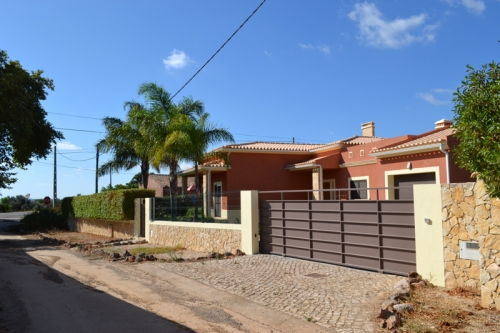 Villa / house PETIT PARADIS to rent in Silves