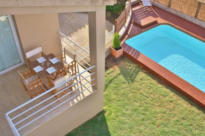 Villa / house Estella to rent in Torroella de Montgri