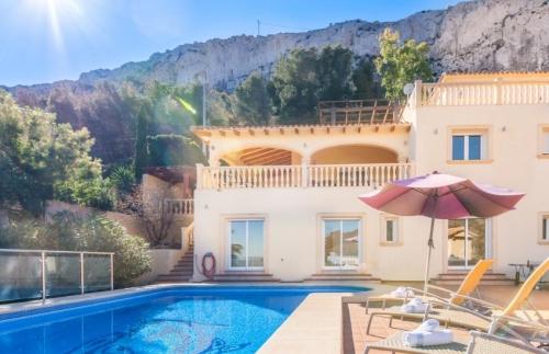 Reserve villa / house louis