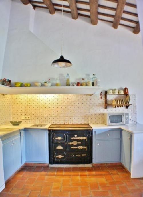 Property villa / house la romaine