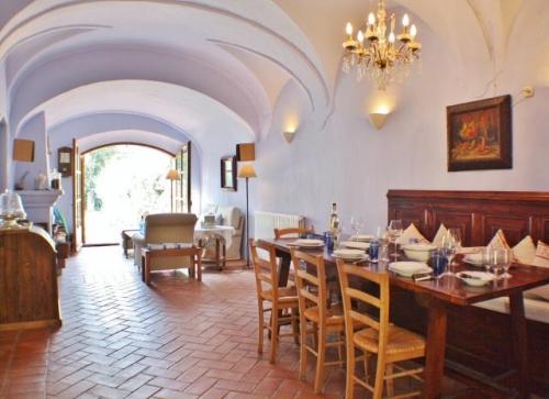 Villa / house la romaine to rent in begur