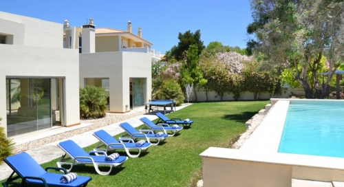 Villa / house Mao to rent in Alvor