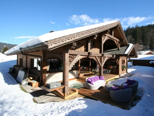 chalet in Les Carroz d'Arâches, view : Mountains/Hills