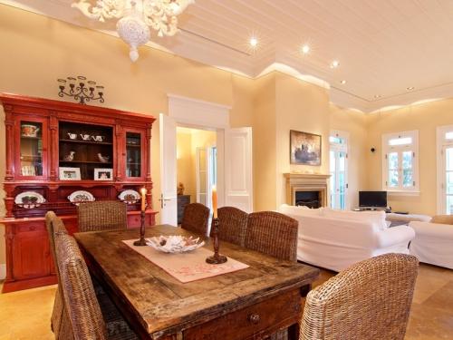 Réserver villa / maison phoenician