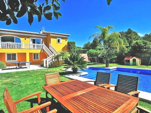 Villa / Maison Juanita à louer à Javea