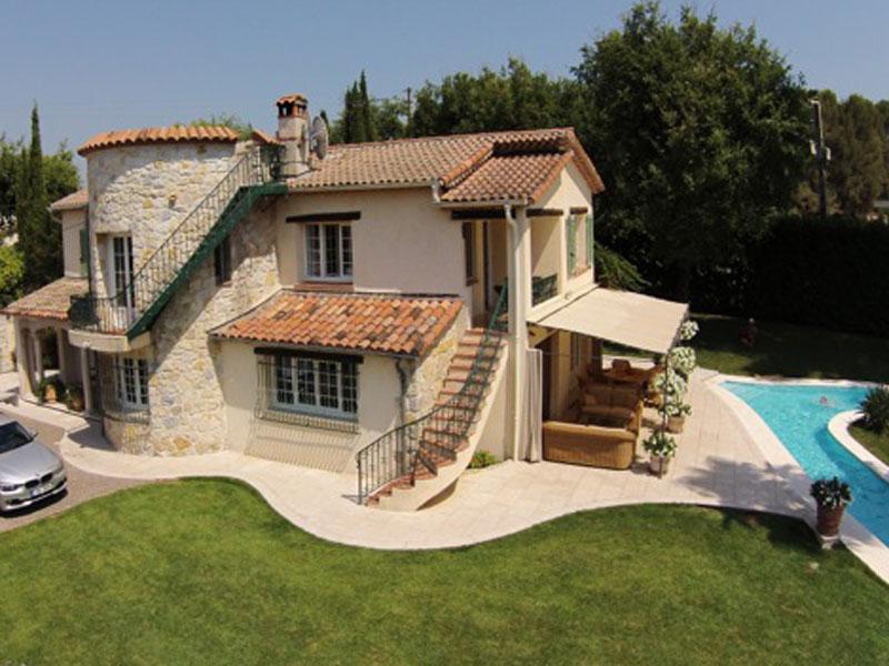 Réserver villa / maison vence piscine spectaculaire
