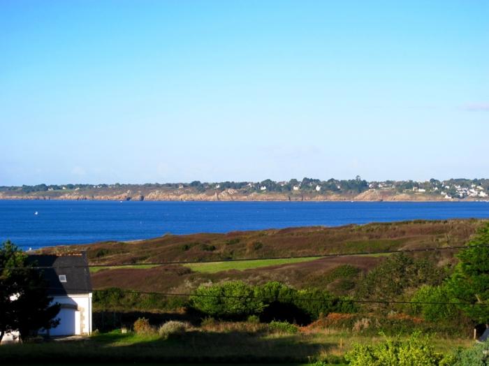 Villa / house Bel ocean  to rent in Tréogat
