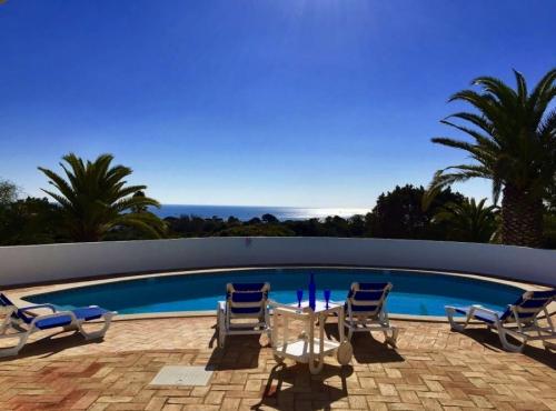 Reserve villa / house amarilla