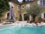 Photo 2 : Grand avec piscine intérieure et extérieure