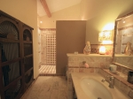 Rental villa / house grand avec piscine intérieure et extérieure
