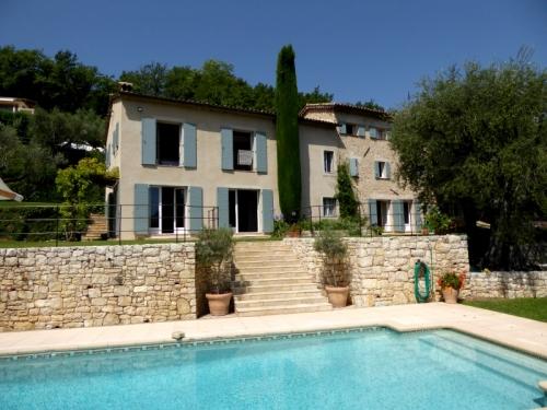 Villa / Maison Petite Paradis à louer à Le Bar-Sur-Loup