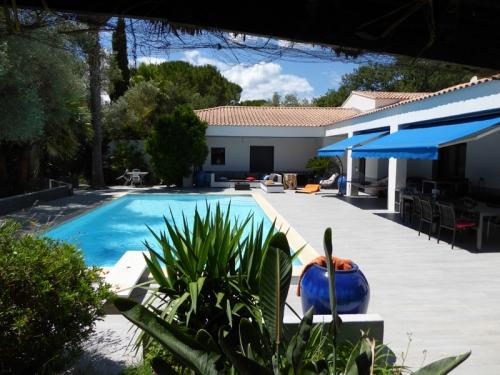 France : HYE1201 - Belle villa très confortable au calme