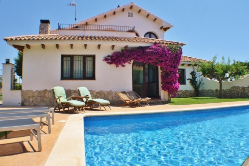 Villa / house Barcelonette to rent in Vendrell