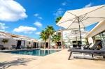 Villa / house Contemporaine luxe en Drome Provencale to rent in Montélimar