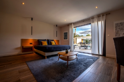 Villa / maison contemporaine luxe en drome provencale  montélimar