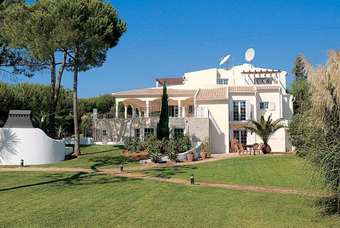 Villa / house Casa Sabine to rent in Vale de Lobo