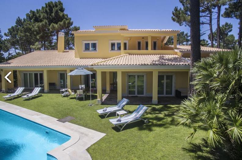 Villa / Maison ADONI à louer à Aroeira