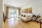 Property villa / house adoni