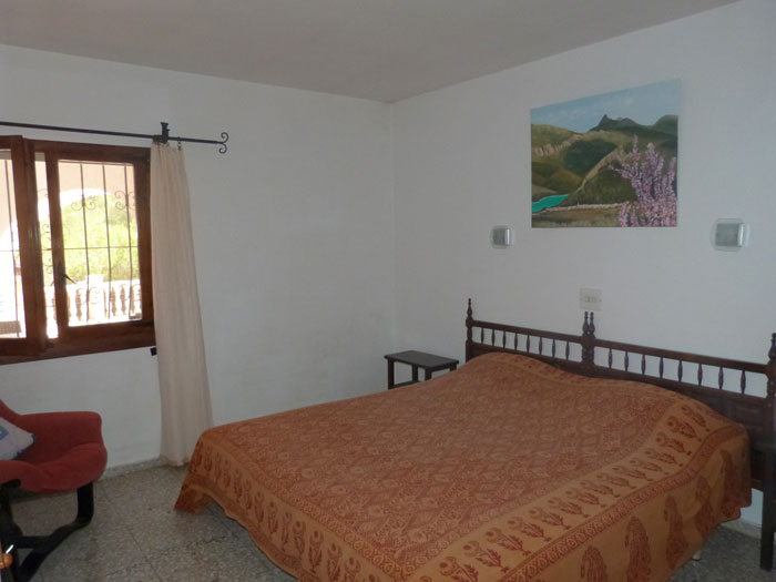 Rental independent house solaire