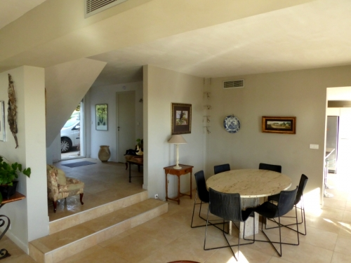 Villa / maison ouverte sur la mer  tourrettes sur loup